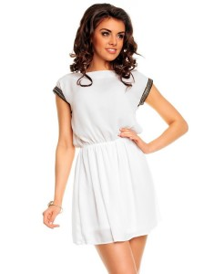 408304-hvit-kjole-med-dekorerte-ermer (2)